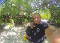 """Ausbildung von """"Korallengärtnern"""" auf den Malediven"""