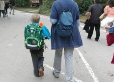 Schulgeld für zwei Söhne für 6 Monate