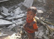 Lombok village to rebuild after earthquakes