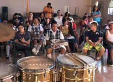 Escuela musical gratis para niños de la calle
