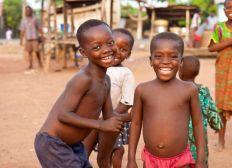 De l'entraide pour des sourires - Togo