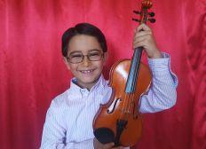 Juan José, violinista de 9 años