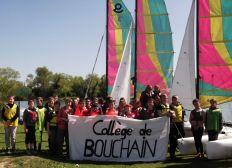 UN CATAMARAN POUR LES CHTIS COLLEGIENS DU CANAL DE BOUCHAIN.