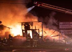 #garageJeanGuy Détruit par les flammes, aide à rénover