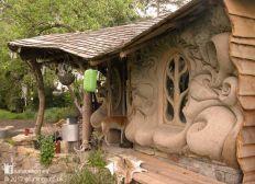 la petite maison en terre