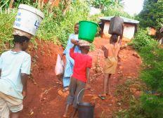 Construction d'un puits en Afrique ( Ghana )