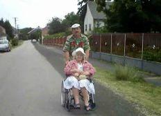 Concerts de charité  pour les invalides, retraités et anciens combattants du travail de partout en Europe!