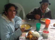 COMEDOR PARA ABUELOS EN CONDICION DE VULNERABILIDAD.  DINNER FOR GRANDPARENTS IN CONDITION OF VULNERABILITY