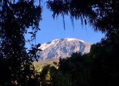 Projet de film sur l'ascension du Kilimandjaro en mode éco-responsable: Climb it and Clean it!