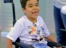 Una silla de ruedas para cada niño con discapacidades