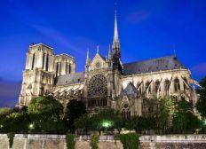 Reconstruire Notre-Dame de Paris