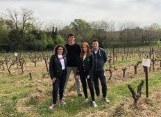 4 jeunes, une 4L, un Tour de France des régions viticoles - LEDB