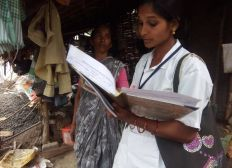 Frauen starten in die Selbständigkeit  - Hilfe zur Selbsthilfe