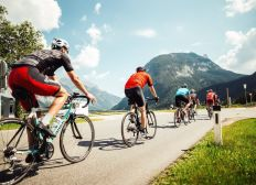 Bike for Charity - die transalpine Spendenradtour