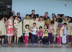 Une nouvelle main pour les enfants du Vietnam