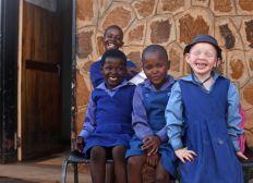 Spenden für ein Integratives Waisenhaus