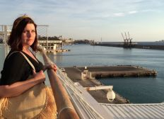Help Elise achieve her human rights studies in Lebanon
