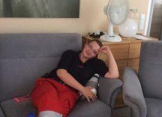 Knieverletzung nach Arbeitsunfall im Rettungsdienst