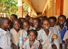 Help Us Help Them! Soutenez notre Mission Education à Zanzibar!