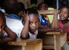 Aidez les enfants-Aidez leur 'avenir