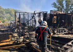 Une Maison pour mon PAPA, 50 ans, qui vient de perdre sa maison ravagée par les FLAMMES au lendemain de Mon Mariage.  JE T'AIME PAPA !