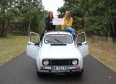 Sophie & Jeanne en 4L