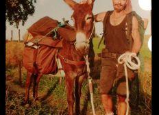 Initiative zur Foerderung von Tragtieren. Zucht und Arterhaltung Pyrenaen Esel