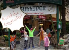 """Nachbarschafts-Solidarität  — """"Gullivers"""" in Reisenot"""