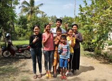 Support a family house in Cambodia