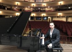 Luis Esteban Herrera Wattson (Pianista)