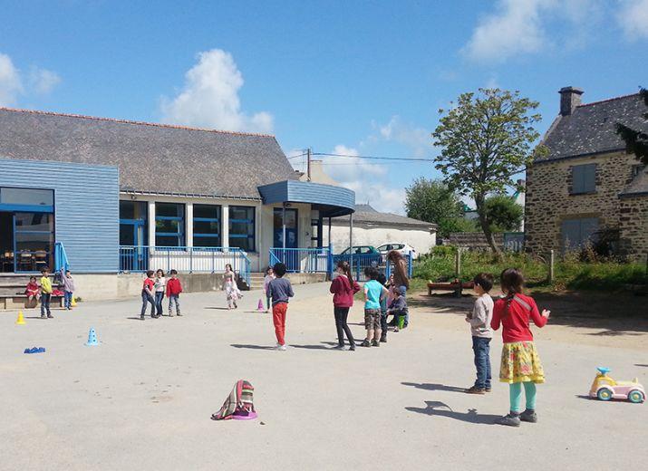 Acquisition matériel pédagogique Montessori