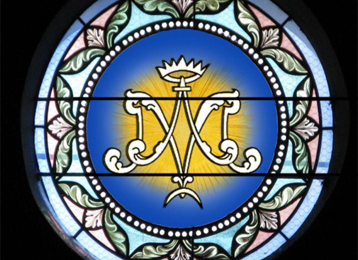 vitrail chapelle Notre Dame église de Layrac-sur-Tarn