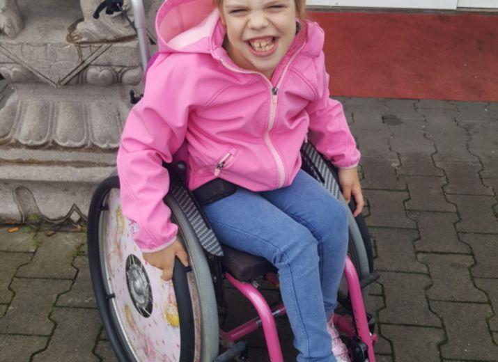 Ein behinderten gerechtes Auto .Ich möchte meiner Tochter die Welt zeigen ?