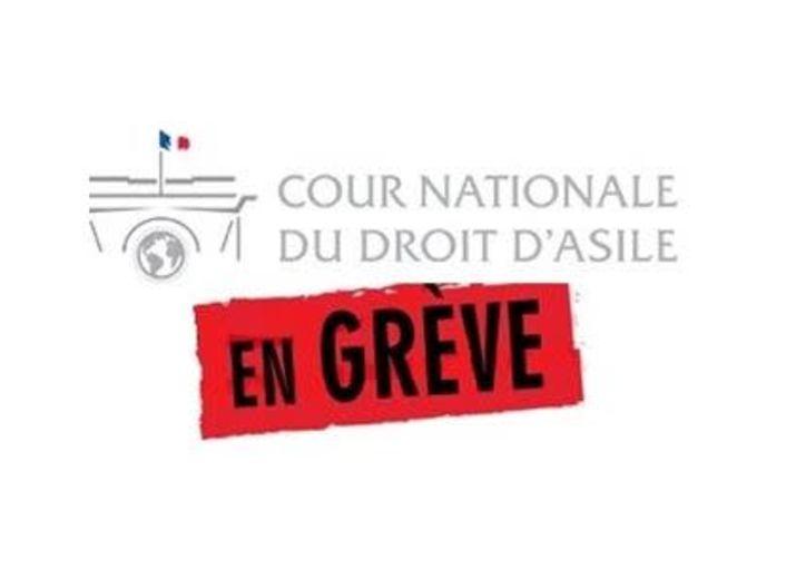 Les agents de la Cour nationale du droit d'asile (CNDA) en Grève