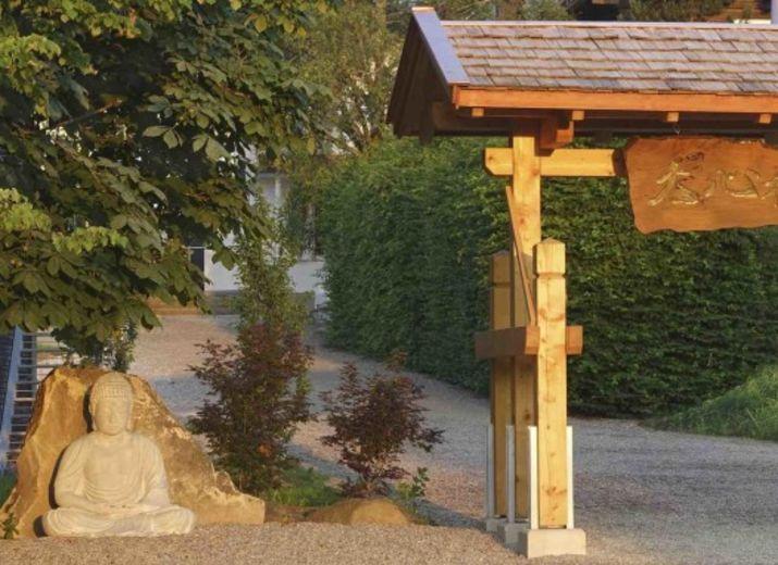 Spende zur Sanierung im Daishin-Zen Kloster in Buchenberg. Es müssen dringend Dächer saniert werden und ein baufälliger Gebäudeübergang muss abgerissen werden.