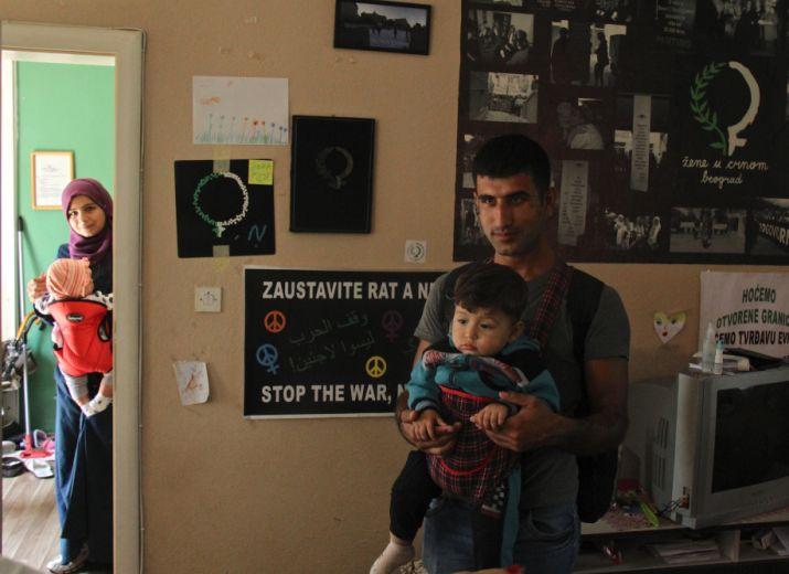 Aidez les réfugiés coincés sur la « route des Balkans » !