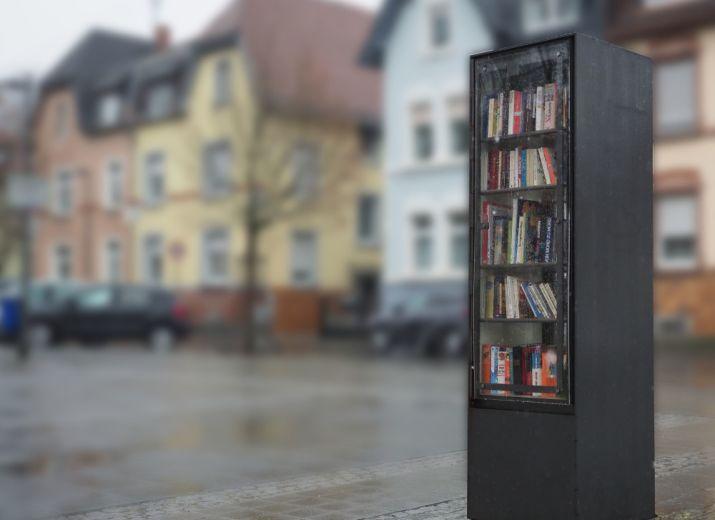 Öffentlicher Bücherschrank für Harheim