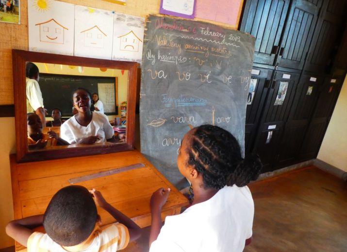 Sourire et handicap à Madagascar