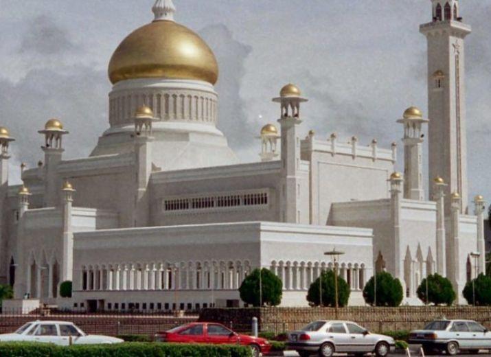 Kiss In devant l'Ambassade de Brunei pour dénoncer l'homophobie de cet état le 18/04/2019 à 18h30