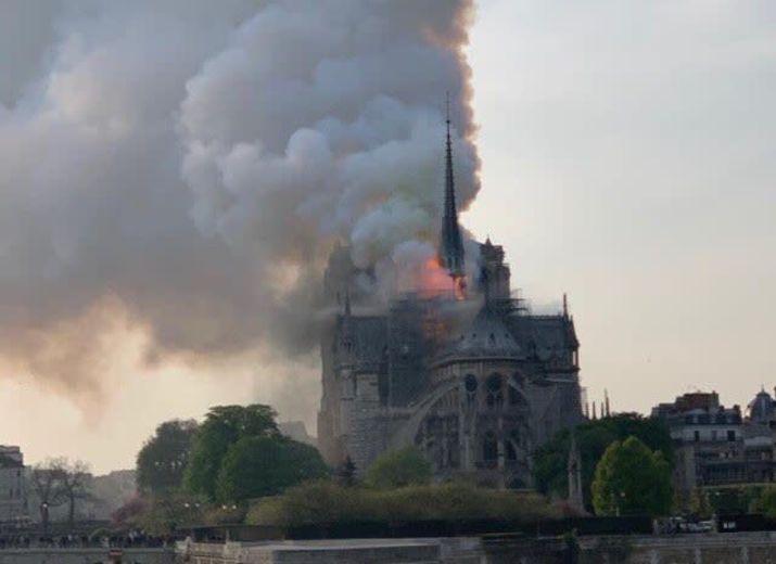 Cagnotte pour la reconstruction de Notre-Dame de Paris