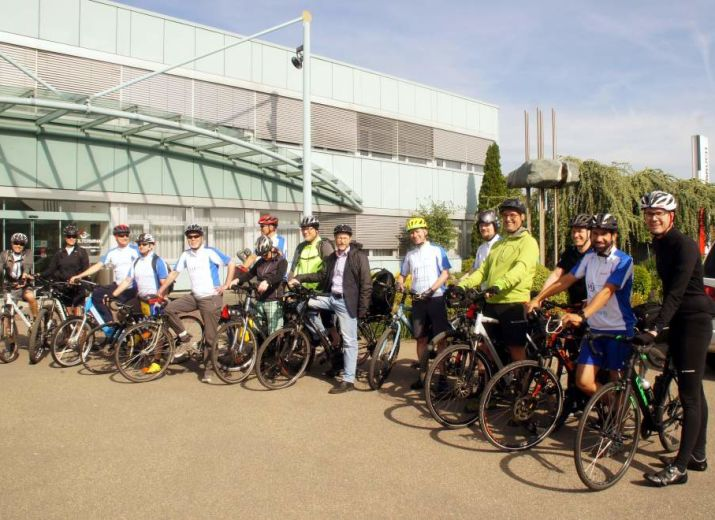 Radfahren für Twinning und das Kinderzentrum Agapedia