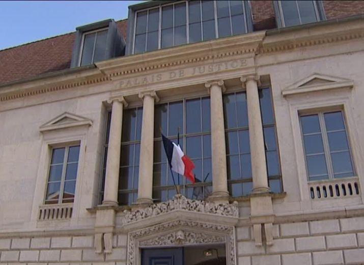 """""""Association des Victimes des Empoisonnements de la clinique St Vincent et Polyclinique de Besançon"""" - besoin de votre soutien"""