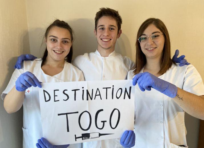 Stage d'étudiants infirmiers au Togo
