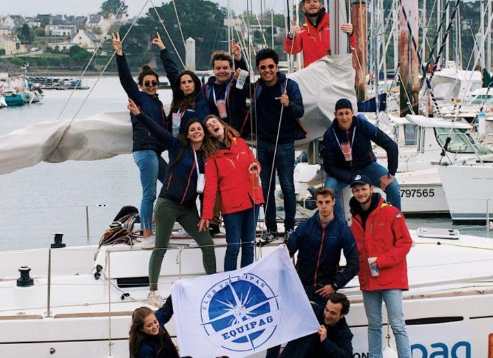 Aidez les matelots à partir à l'aventure !