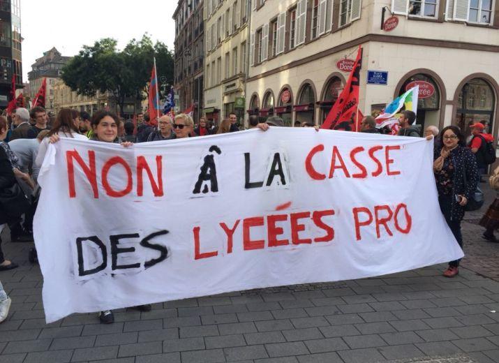 Caisse de solidarité enseignants lycée Geiler en grève