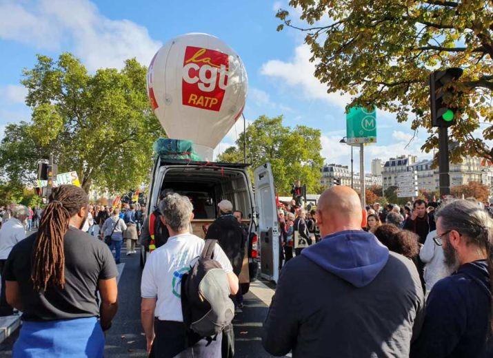 Solidarité aux grévistes de l'atelier RER de Torcy