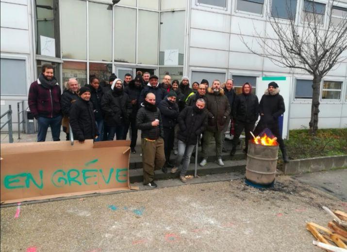 Soutien aux grévistes RATP Aubervilliers contre la réforme des retraites par points