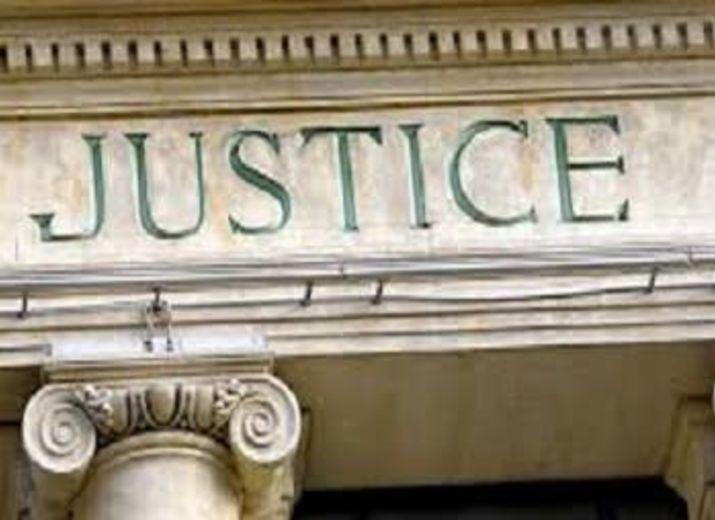 NOUS, VICTIMES, DEMANDONS L' ÉGALITÉ DES DROITS DEVANT LA JUSTICE