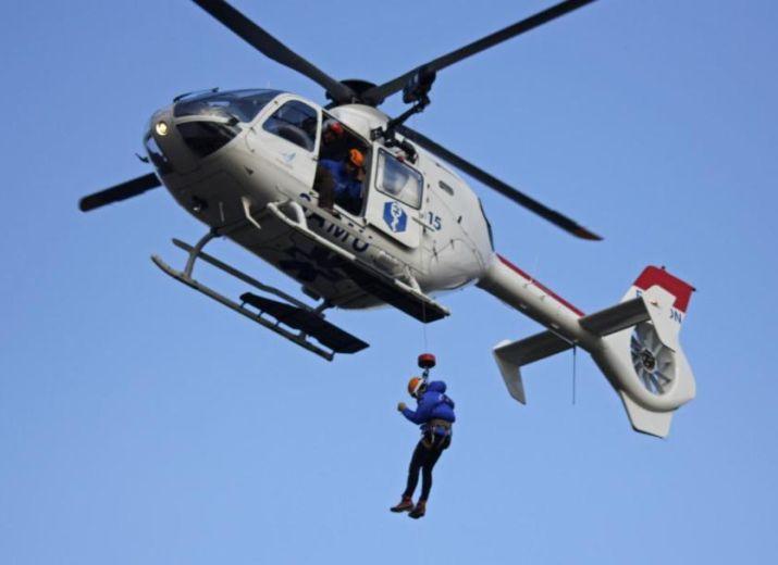 Soutien aux familles des victimes du crash de l'hélicoptère du SAF