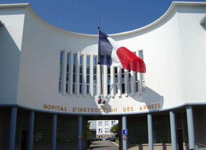 Venir en aide aux personnels soignants du service de réanimation de l'hôpital des armées Clermont tonnerre de Brest